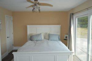 bodega-bay-bedroom