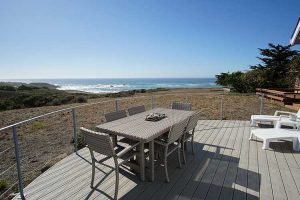 vacation-home-rental-in-bodega-bay-backtable