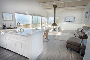 vacation-home-rental-in-bodega-bay-front-room